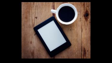 【フリマアプリで本代節約】Kindle Paperwhite徹底レビューと楽天Kobo&紙の本との比較